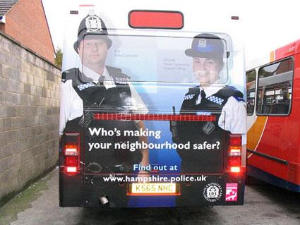 police-bus-425.jpg