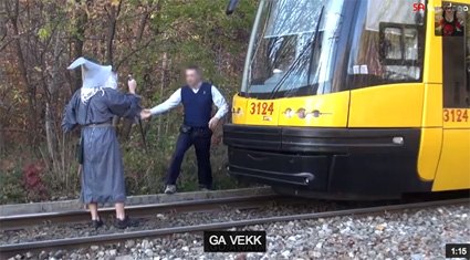 gandalf-stops-train-poland